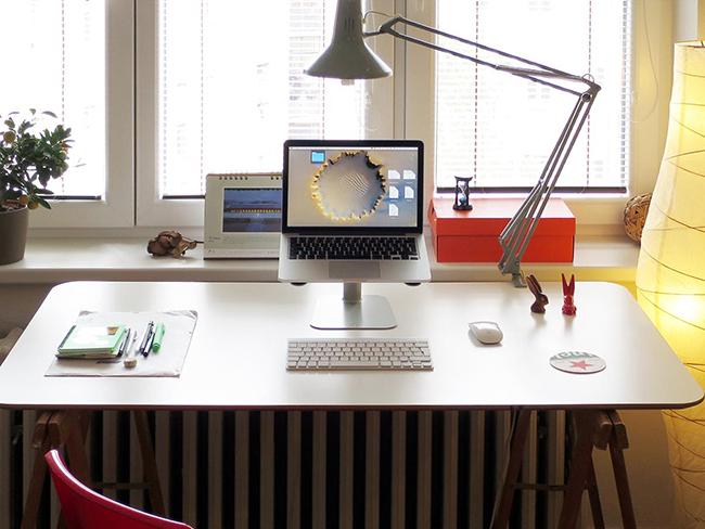 โต๊ะทำงานน่าใช้